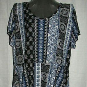 Blue & white floral midi short sleeve dress